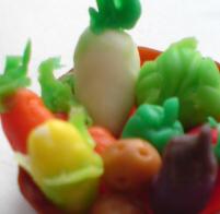 粘土で野菜1