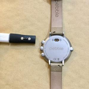 Pebble Time Round 充電 Micro USB