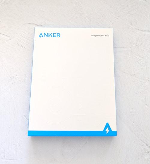 Qi規格ワイヤレス充電器 Anker
